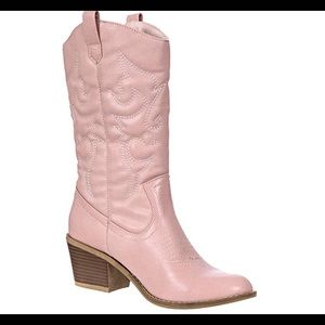 0672Women's Embroidered Modern Western Cowboy Boot